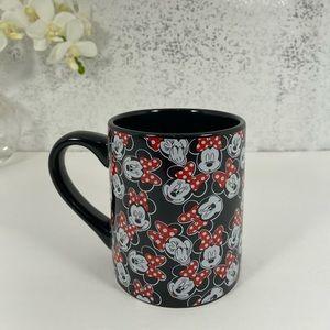 🆕 Disney Minnie Mouse Black Coffee Mug